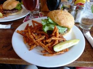 8-Burgers&Brew