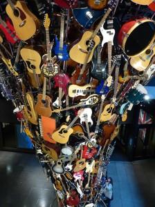 8-SEA14-EMPMus-Guitars