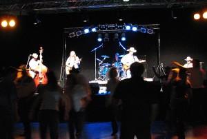 DENVER-Ophelias-Concert. iwanowski.blog