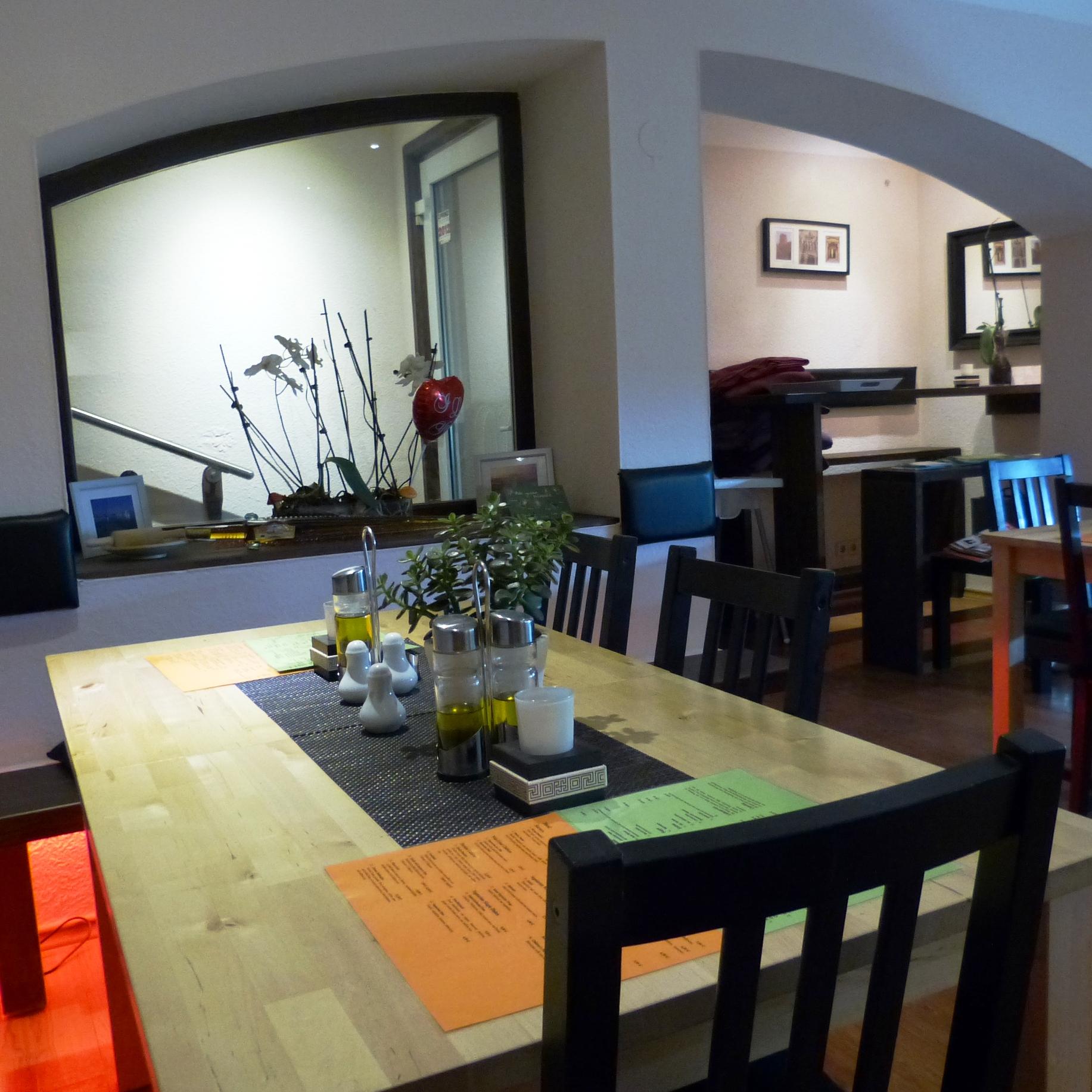 berlin restauranttipp das shiraz kleine persische oase am prenzlauer berg mit. Black Bedroom Furniture Sets. Home Design Ideas
