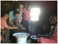 Kenia_Gemeinsames Kochen, c: Sophie Lauber