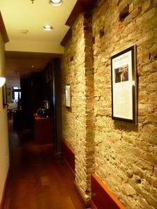 8-SF-HotelGriffon-Lobbyzugang