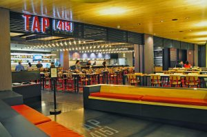 10-SF-TAP415-Restaurant