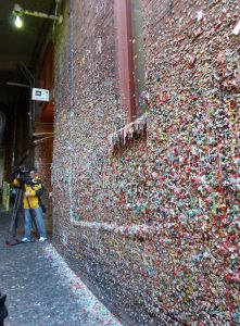 9-SEA-PikePlaceM-GumWall